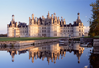 ChateauChambord_Bridge_Alamy_RM_196x134_tcm43-34167