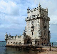 235px-Torre_Belém_April_2009-4a