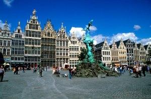Antwerp-square - Copy