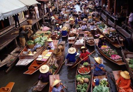 Damnoen-Saduak-Floating-Market-Ratchaburi-bangkok