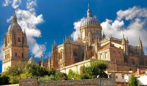 800px-Salamanca_Catedral - Copy