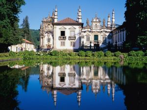palace_of_mateus_portugal