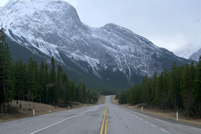 Canadian rockies glacier national park cruise like a vip for Ikea grand prairie opening date