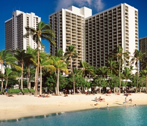 waikiki-beach-marriott-01-400x344
