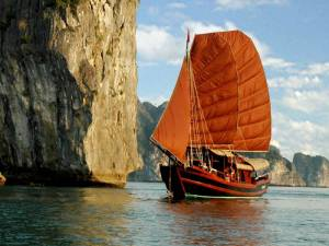 Halong-Princess-Junk-Boat-131851298652385_800_600