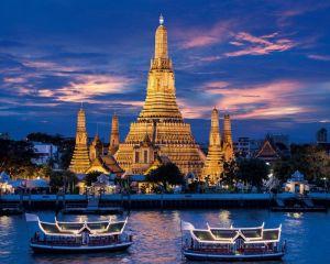 Temple-of-Dawn-Bangkok-Thailand-1024x1280 - Copy (2)