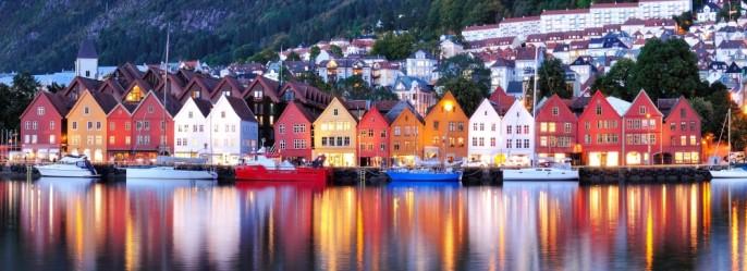 Bergen-Norway-©-Noracarol-Dreamstime-e1414422918886-1000x364