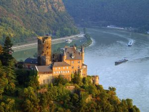 2Burg_Katz_Above_St._Goarshausen_and_the_Rhine_River_Germany - Copy - Copy