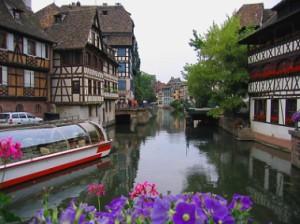 strasbourg_canal_jpg_opt379x284o0,0s379x284