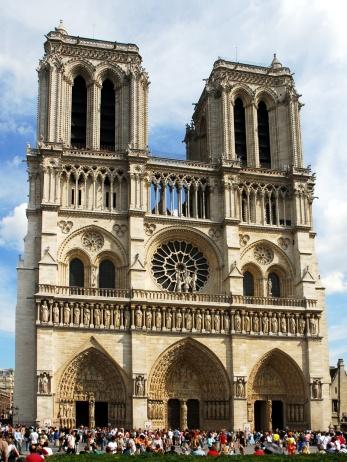 060806-France-Paris-Notre_Dame