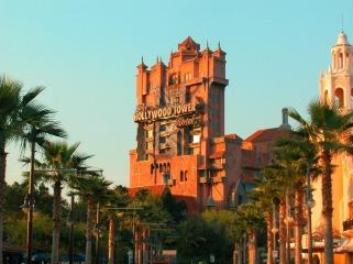 castle-of-disney-world_96243-1600x1200