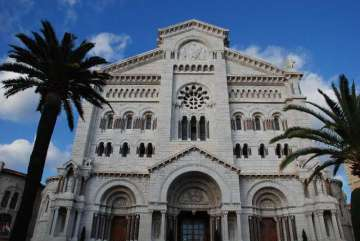 cathederal_where_princess_grace_is_buried_10772