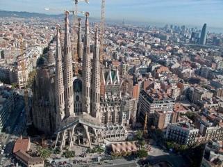 Sagrada-Familia-Barcelona-Spain-03 - Copy