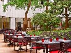 le-meridien-etoile-photos-restaurant-le-patio-etoile