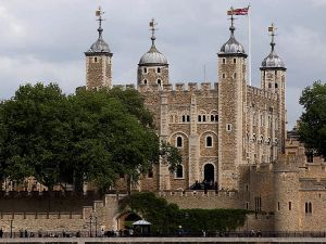 tower_of_london_england_from_across_the_river_thames