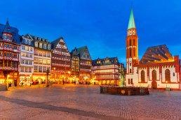 germany-frankfurt-romerberg-old-town-copy