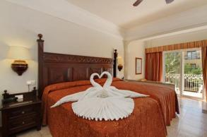 2241284-riu-palace-cabo-san-lucas-all-inclusive-suite-5-def-copy