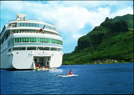 paul_gauguin_watersports_marina